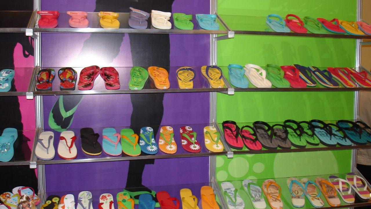 4e9ee641c1e1fb Brazilian Rubber. Cariris Sandals Around the World